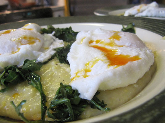 poached eggs polenta greens