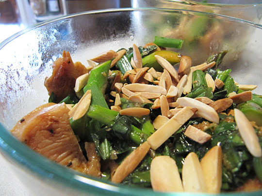 Chicken Stirfry with Asparagus &#038; Almonds