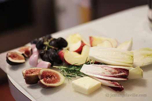 Apples, Endive and Grapes