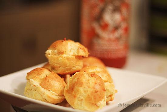 Sriracha-Cheddar Mini Puffs