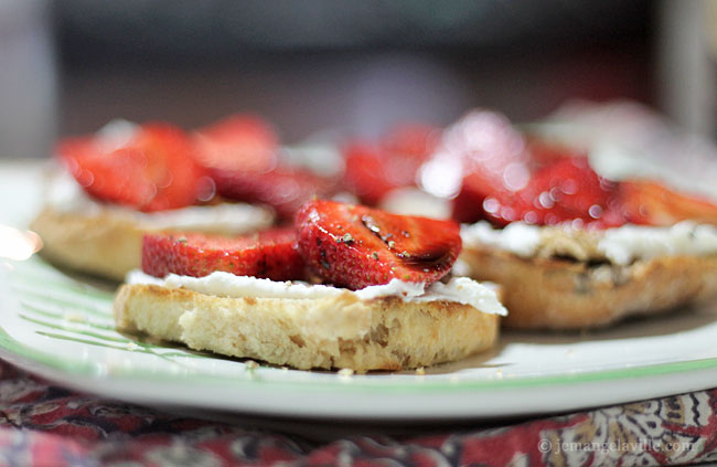 French Fridays with Dorie: Goat Cheese & Strawberry Tartine